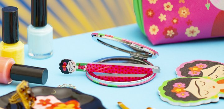 Nail Files & Fashion Accessories